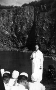 Taufe 1952 im alten Limbacher Steinbruch